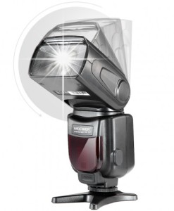 Neewer NW-561 Speedlite 11